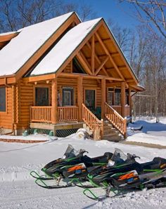 ♡ it! Cabin with snowmobiles out front. Let's go!!