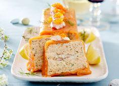 Elegant terrine of smoked fish - Elegancka terrina z ryb wędzonych ---http://kobieta.interia.pl/kuchnia/ryby-i-owoce-morza/news-elegancka-terrina-z-ryb-wedzonych,nId,1401707