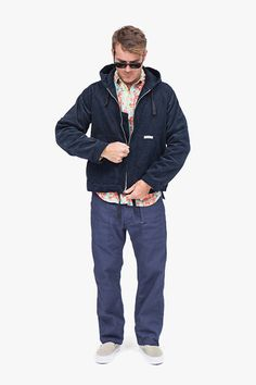 Oversized navy sweat or sueded hoodie, over a teal floral printed hawaiian shirt. Blue trousers, and grey slip ons. Rayban / aviator / cult type eyewear. engineered-garments-2013-fall-winter-collection-26.jpg (500×750)