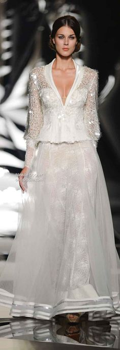Mireille Dagher Fall Winter Haute Couture Collection is filled with outstanding formal evening wear in ethereal styles. Beautiful Gowns, Beautiful Outfits, Winter Typ, Fall Winter, Winter White, Couture Fashion, Runway Fashion, Bridal Gowns, Wedding Gowns