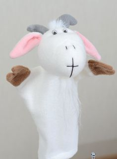 Коза (козлик) белая кукла-перчатка