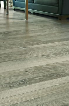Bring casual charm to your home with Mohawk® Proclaim Laminate Flooring. Deliberately varied layers compose each laminate to effectively capture the look of high-end hardwood. And, thanks to its patented glueless locking system, this flooring can be installed by anyone from professionals to do-it-yourselfers.