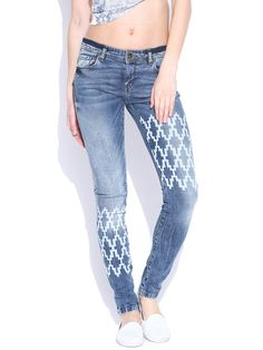 Vero Moda Blue Washed Printed Slim Jeans @looksgud  #VeroModa, #Printed, #Trendy