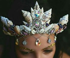 Siren crown