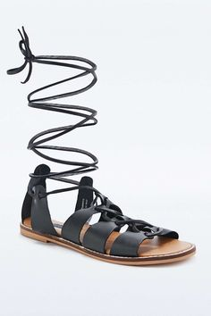 Deena & Ozzy Capri Lace-Up Sandals in Black