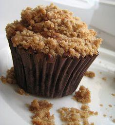 Sam Tan's Kitchen: Crunchy Crumb Banana Muffins