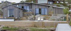 VILLA M - Scandinavian - Terrace - Gothenburg - by Gestalt Arkitektur Outdoor Spaces, Outdoor Living, Cabana, Summer Cabins, Villa, Porch Steps, Small Cottages, Weekend House, Patio