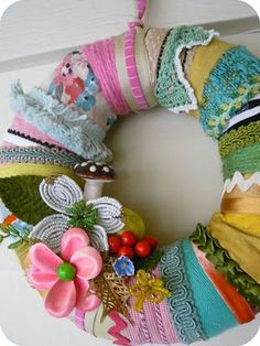 Fabric scraps and yarn wreath - i want to use this idea in whites, creams, and everything shabby chic - maybe some burlap Wreath Crafts, Ribbon Crafts, Diy Wreath, Tulle Wreath, Burlap Wreaths, Crafts To Make, Arts And Crafts, Diy Crafts, Fabric Wreath