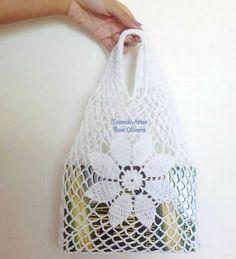 sac pochette cadeau : je vous propose de réaliser ces petits sacs très utiles, vous trouverez toutes les explications pour les réaliser