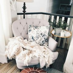 I need a little nook like this for just me  pinterest: @rosajoevannoy