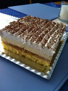 Jablkový krémeš - recept Strudel, Pavlova, Tiramisu, Cheesecake, Dessert Recipes, Food And Drink, Cooking Recipes, Sweets, Apple