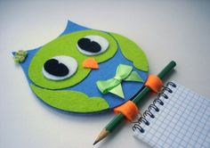 Funny DYI Holder for your blocknote. And just nice idea of craft out of CD