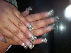 Duck feet nail set on a client