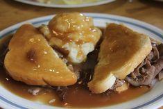 Cold Roast Beef Sub Recipe Hot Roast Beef Sandwich with Gravy Om Nom Nom Eats Treats Roast Beef Sub Recipe, Roast Beef Gravy, Sliced Roast Beef, Roast Beef Recipes, Roast Beef Manhattan Recipe, Hot Roast Beef Sandwich With Gravy Recipe, Bbq Roast, Sirloin Roast, Chicken