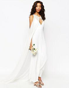 Jumpsuit zur Hochzeit tragen – Der elegante Einteiler als Hochzeitsoutfit