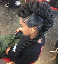 African American Wedding Mohawk Updo Toned down it would do for me Mohawk Updo, Mohawk Hairstyles, My Hairstyle, Hairstyles 2018, Trending Hairstyles, Ethnic Hairstyles, Hairstyles Pictures, Hair Updo, Protective Hairstyles