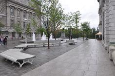 Nous avons participé au projet de réaménagement de la Place Vauquelin au Vieux-Port de Montréal. #accessibilité #DesignUniversel Sidewalk, Design, Puertas, Side Walkway, Walkway, Walkways, Pavement