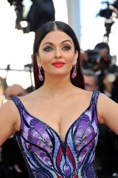 "Aishwarya Rai Shuts Down the Cannes Red Carpet (Again) at the ""Girls of the Sun"" Screening | Tom + Lorenzo"