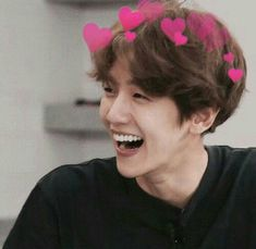 Image discovered by rita,,. Find images and videos about kpop, exo and baekhyun on We Heart It - the app to get lost in what you love. Exo Ot12, Chanbaek, Xiuchen, Baekhyun Chanyeol, Park Chanyeol, Kim Minseok, Exo Memes, Boyfriend Material, 2ne1