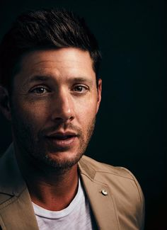 Jensen Ackles, photographed in San Diego (SDCC 2017), by Robby Klein [x]
