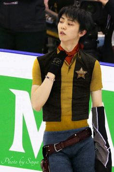 Adult Yuzu + blast-from-the-past cowboy outfit
