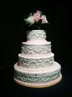 Look at that lace detail on the cake fligners in lorain oh my what a gorgeous wedding cake from fligners right here in lorain county junglespirit Images