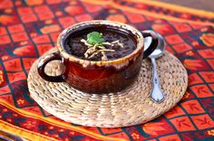 Slow cooker black bean soup. Substitute chicken broth for vegetable broth.