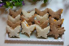 Tea Sandwiches That Are Tiny, but Delicious . 38 Tea Sandwiches That Are Tiny, but Delicious Tea Sandwiches That Are Tiny, but Delicious . Butterfly Birthday Party, Fairy Birthday Party, 5th Birthday, Spring Birthday Party Ideas, Birthday Crowns, Cake Birthday, Tea Sandwiches, Cucumber Sandwiches, Finger Sandwiches