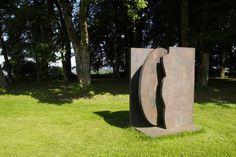 Sculpture de Manuel Torres Trunks, Sculpture, Plants, Gardens, Towers, Woman, Drift Wood, Sculpting, Planters