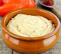 Recette Purée basquaise - Envie de bien manger. Découvrez les spécialités culinaires du pays Basque ici : www.enviedebienmanger.fr/recettes/istara