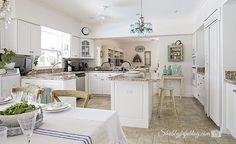 White Kitchen Design...The Intense Debate