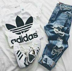 Adidas tshirt, jeans, Adidas superstar