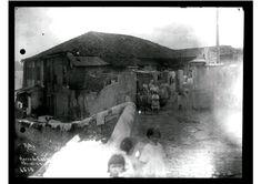 Registro de um casario típico bo alto do morro, em 1921