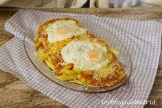 Patatas con boloñesa y huevos fritos | La cocina perfecta
