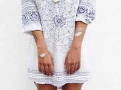 Image via We Heart It #amazing #bohemian #boho #chic #cool #dress #fashion #girl #gorgeous #hippie #hipster #indie #outfit #style #summer #tan #trendy #white #whitedress #flashtattoo #redshort