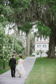 Photography: Concept-A Photography - www.conceptaphoto.com  Read More: http://www.stylemepretty.com/2014/09/16/blush-lavender-jekyll-island-wedding/