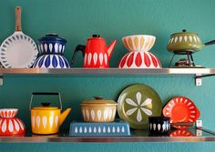 Very nice, colorful collection. Think it can be remade use porcelain pen and white ceramics?
