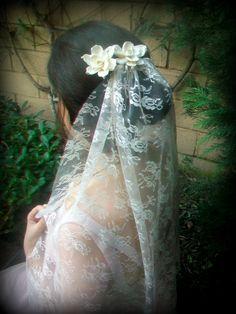 Cream Lace Mantilla Bridal Veil Fingertip Length   #wedding #veil