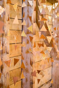 DIY 2015 New Years Wall Decoration Hanging Gold Garland - Triangle Garland, New Years Craft  #2015 #new #years #eve