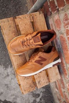 New Balance   Brown   Cuero.