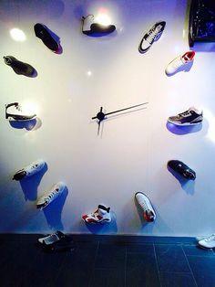 clock of J's