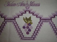 Archivo de álbumes Swedish Embroidery, Hardanger Embroidery, Ribbon Embroidery, Cross Stitch Embroidery, Embroidery Patterns, Cat Cross Stitches, Cross Stitch Patterns, Bordado Tipo Chicken Scratch, Bargello Needlepoint