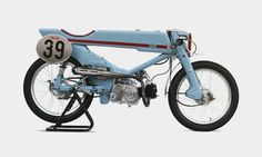 Deus Japan 1961 Honda Super Cub Revamp