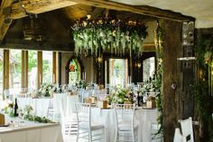 Amazing florals and decoration - flowers by the flower room - venue Stoneridge estate, Queenstown.