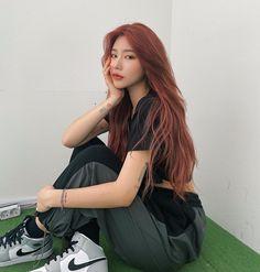 Asian Hair Dye, Korean Hair Dye, Korean Girl, Asian Girl, Long Hair Cuts, Long Hair Styles, Pastel Hair, Ulzzang Girl, Hair Inspo