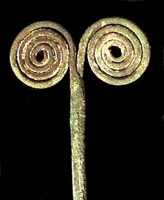 Carchi province, Puruha culture, c. copper tupu, long, head is double spiral Antiquities, Spiral, Copper, Wedding Rings, Engagement Rings, Collection, Jewelry, Parts Of The Mass, Culture