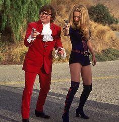 In Character: Felicity Shagwell Austin Powers Couples Halloween Costume Clown Halloween Kostüm, Cute Couple Halloween Costumes, Creative Halloween Costumes, Halloween Outfits, Best Couples Costumes, Halloween 2019, Movie Character Costumes, Movie Costumes, Diy Costumes