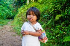 Kogi child that we met on the way back from the Lost City in the Sierra Nevada de Santa Marta, #Colombia http://nomadbiba.com/memories-from-the-lost-city/