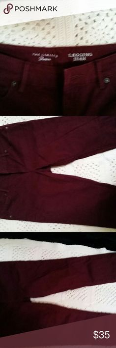Limited Pants Burgundy Limited Pants. Never been warn. The Limited Pants Skinny