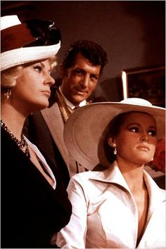pictures of dean martin in texas | Quatre du Texas : Photo Anita Ekberg, Dean Martin, Ursula Andress